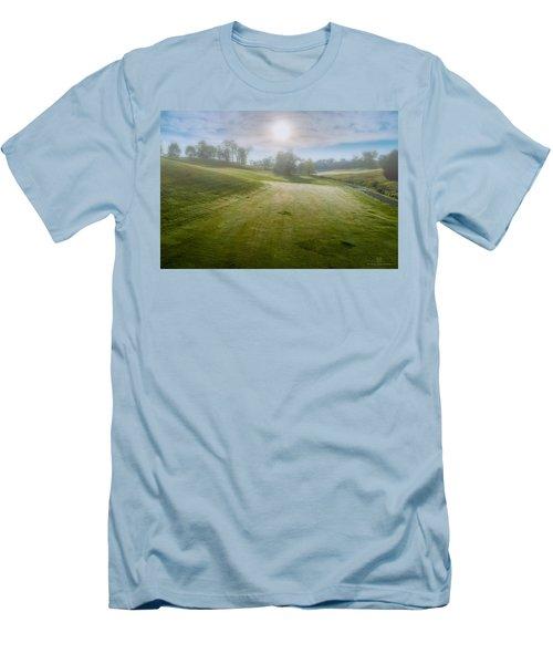 Foggy Look Back Men's T-Shirt (Athletic Fit)