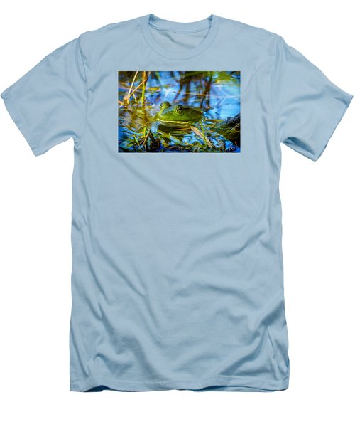 Frog In My Pond Men's T-Shirt (Athletic Fit)