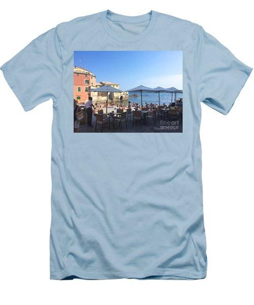 Genova, Boccadasse Men's T-Shirt (Athletic Fit)