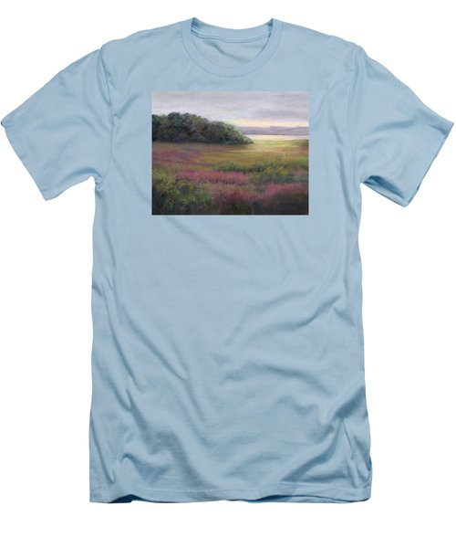 Glow On Gilsland Farm Men's T-Shirt (Slim Fit)