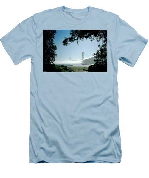 Golden Gate Fog  Men's T-Shirt (Athletic Fit)