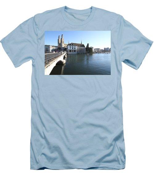 Grossmunster, Wasserkirche And Munsterbrucke - Zurich Men's T-Shirt (Athletic Fit)