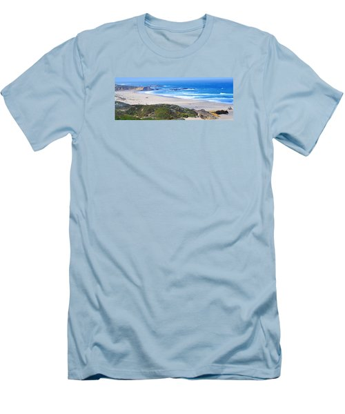 Half Moon Bay Men's T-Shirt (Slim Fit)