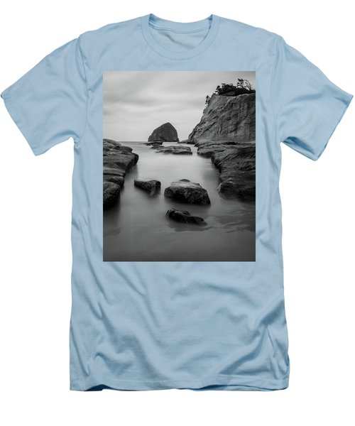 Haystack Rock In Bw Men's T-Shirt (Athletic Fit)