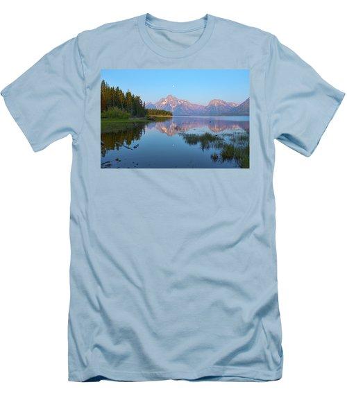 Heron On Jackson Lake Men's T-Shirt (Athletic Fit)