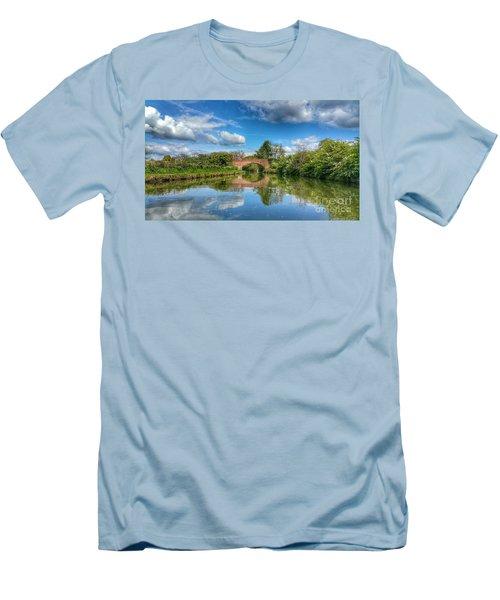 In The Dream Men's T-Shirt (Slim Fit)