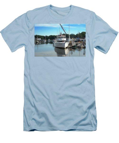 Kennubunk, Maine -1 Men's T-Shirt (Slim Fit) by Jerry Battle