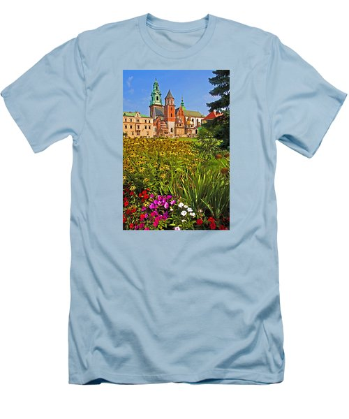 Krakow Castle Men's T-Shirt (Athletic Fit)