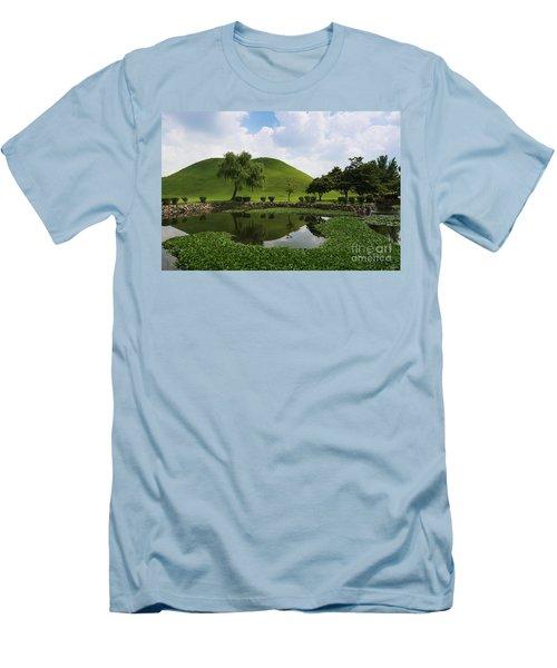 Kyongju, Tumuli Park Men's T-Shirt (Athletic Fit)