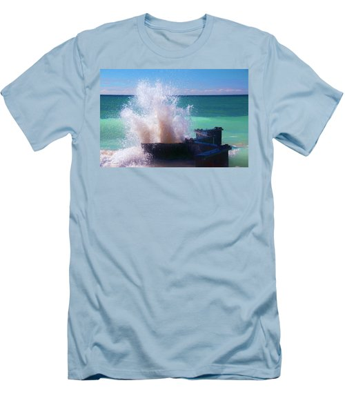 Lake Michigan Wave Crash Men's T-Shirt (Athletic Fit)