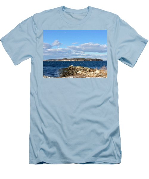Mackworth Island Falmouth Maine Men's T-Shirt (Athletic Fit)