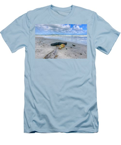 Manzanilla Beach Men's T-Shirt (Athletic Fit)