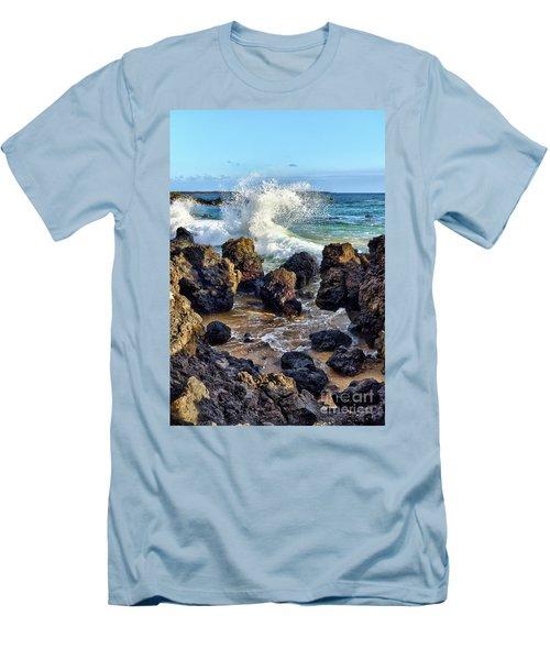 Maui Wave Crash Men's T-Shirt (Athletic Fit)
