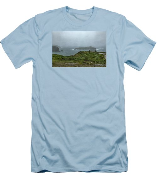 Mullion Cove Men's T-Shirt (Athletic Fit)