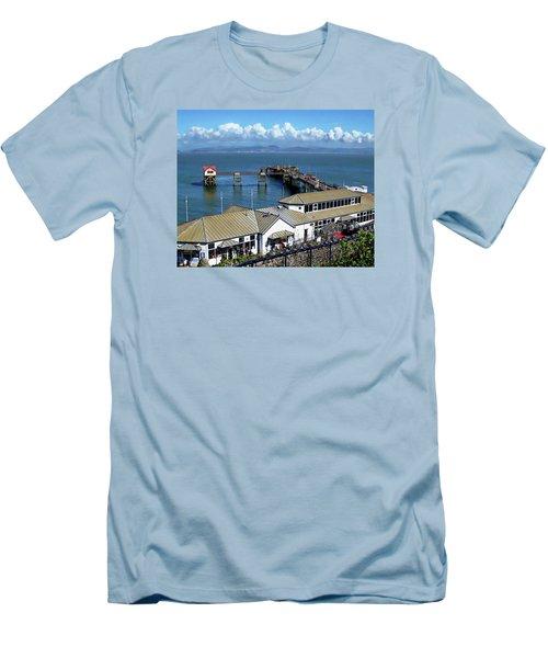 Mumbles Pier Men's T-Shirt (Athletic Fit)