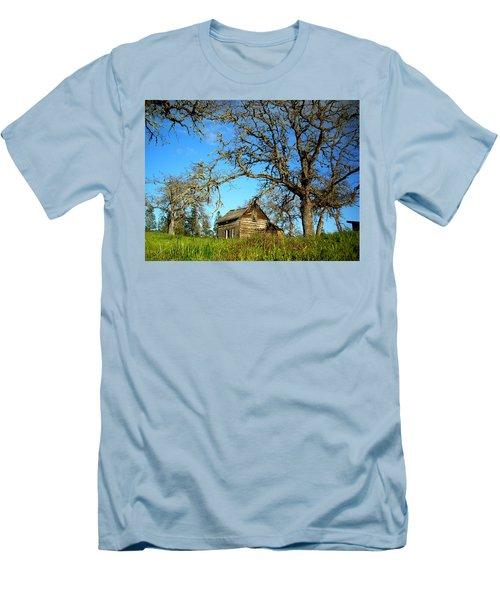 Oak Men's T-Shirt (Athletic Fit)
