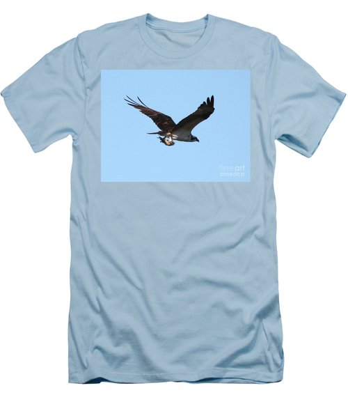 Osprey With Fish Men's T-Shirt (Slim Fit)