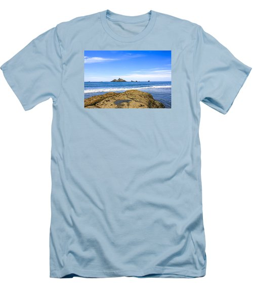 Pacific North West Coast Men's T-Shirt (Slim Fit) by Chris Smith