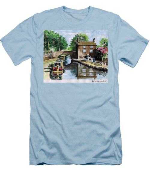Peacfull House On The Lake Men's T-Shirt (Athletic Fit)