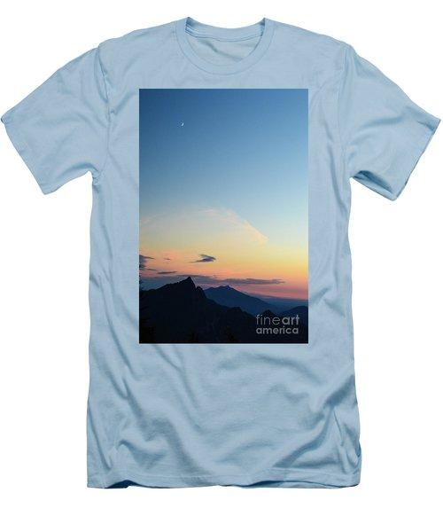 Pilchuck Sunset Men's T-Shirt (Athletic Fit)
