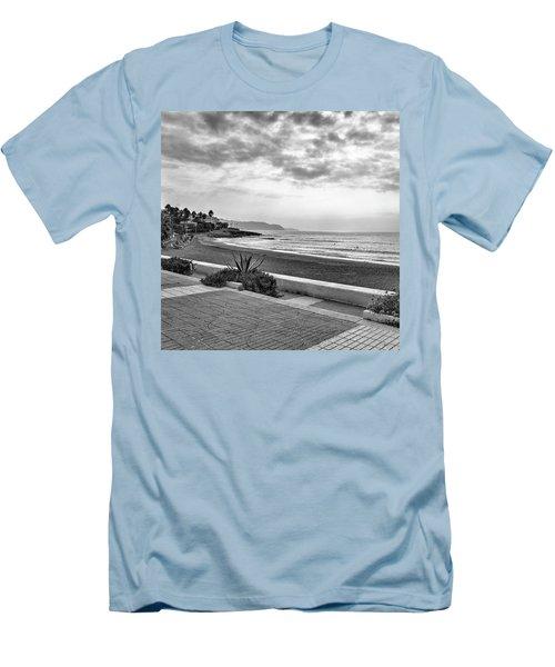 Playa Burriana, Nerja Men's T-Shirt (Athletic Fit)