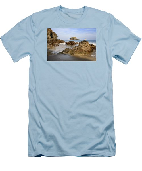 Portreath Men's T-Shirt (Slim Fit) by Shirley Mitchell