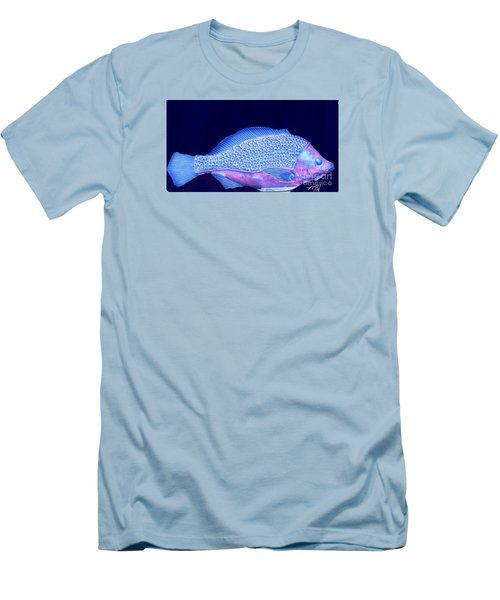 Pretty Fishy Men's T-Shirt (Athletic Fit)