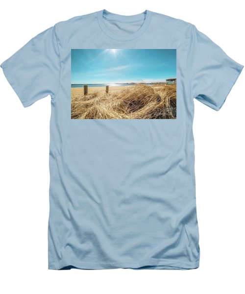 Provincetown Harbor Men's T-Shirt (Athletic Fit)