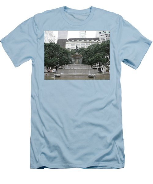 Pulitzer Fountain Men's T-Shirt (Athletic Fit)