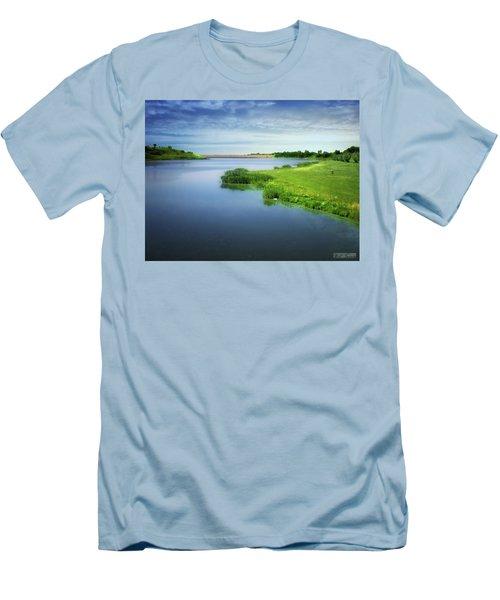 Reservoir Men's T-Shirt (Athletic Fit)