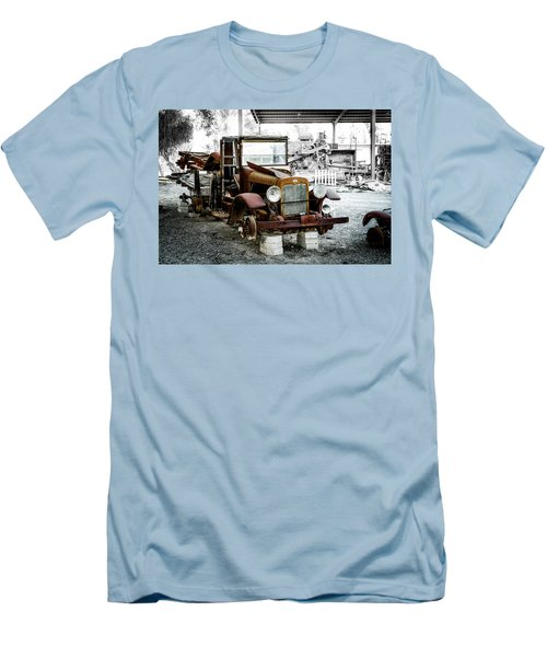 Rusty International Truck Men's T-Shirt (Athletic Fit)