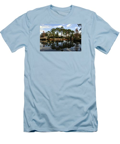Sculpture Garden Men's T-Shirt (Athletic Fit)