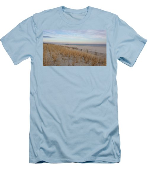 Sea Isle City, N J, Beach Men's T-Shirt (Athletic Fit)