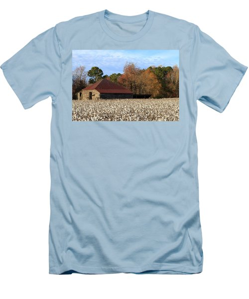 Shack In The Field Men's T-Shirt (Athletic Fit)