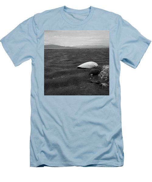 Shell And Sand Men's T-Shirt (Athletic Fit)