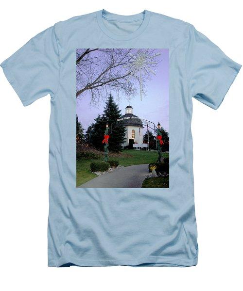 Silent Night Chapel Men's T-Shirt (Athletic Fit)