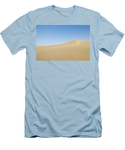 Skn 1412 Ripples On The Slope Men's T-Shirt (Athletic Fit)