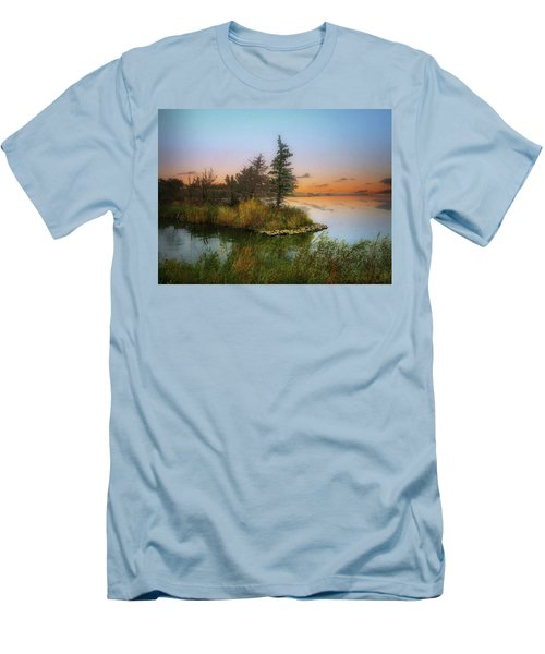 Small Island Men's T-Shirt (Athletic Fit)