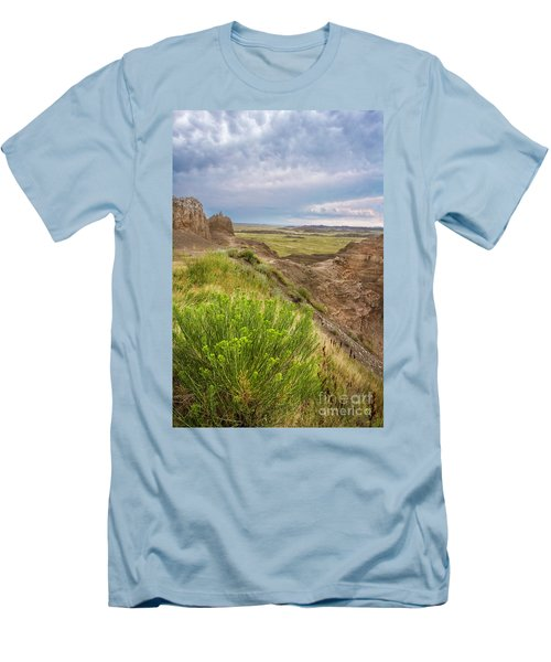 Softly Rumbling Sky Men's T-Shirt (Athletic Fit)