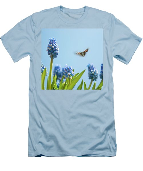 Something In The Air: Peacock Men's T-Shirt (Slim Fit)