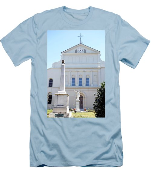 St. Louis Cathedral Back Lawn Men's T-Shirt (Athletic Fit)