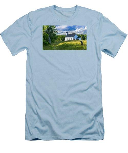 St. Margaret's Of Scotland Men's T-Shirt (Athletic Fit)