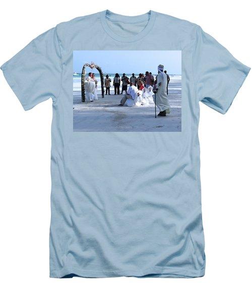 Stunning Kenya Beach Wedding Men's T-Shirt (Athletic Fit)