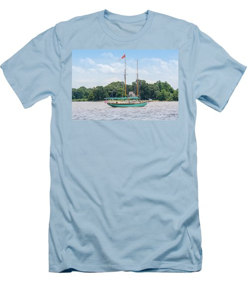 Men's T-Shirt (Athletic Fit) featuring the photograph Sultana On The Chester by Charles Kraus