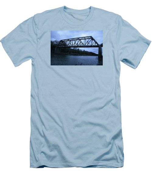 Sumner Missouri Men's T-Shirt (Athletic Fit)