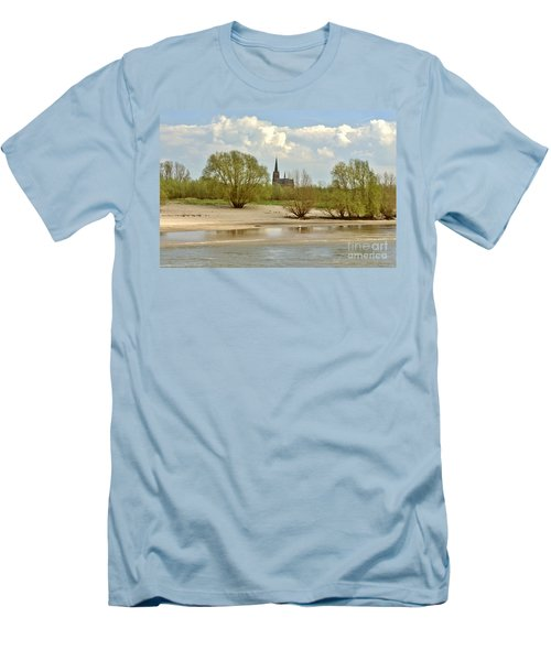 Sunday On The Rhine Men's T-Shirt (Athletic Fit)