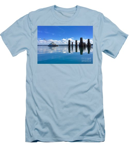 The Arrival Men's T-Shirt (Slim Fit) by Sean Griffin