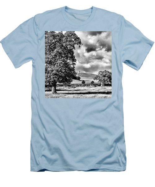 Old John Bradgate Park Men's T-Shirt (Slim Fit) by John Edwards