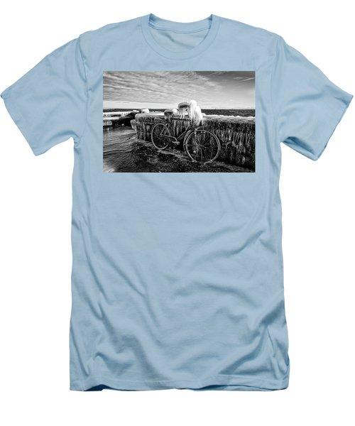 The Frozen Bike Men's T-Shirt (Athletic Fit)