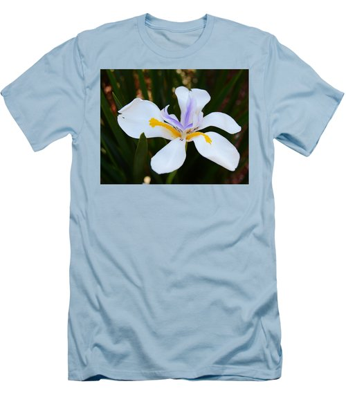The Legacy African Iris Men's T-Shirt (Slim Fit) by Warren Thompson